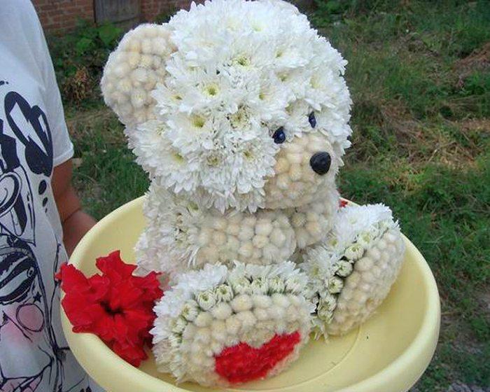 1307013200_1306933585_flowers_01 (700x560, 83Kb)