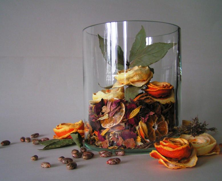 "art, recycling ideas: orange ""roses"""