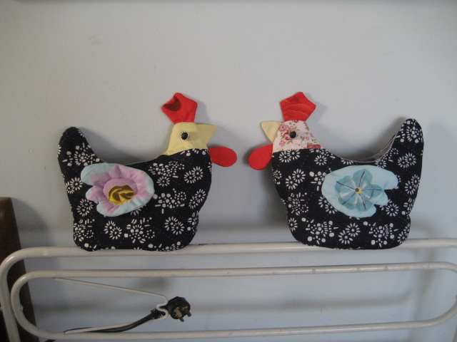 easter crafts ideas: hen purse, sewing pattern