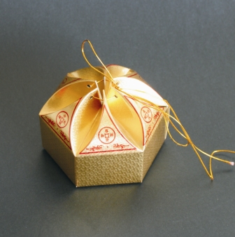 sweet gift boxes for holiday with printable patterns