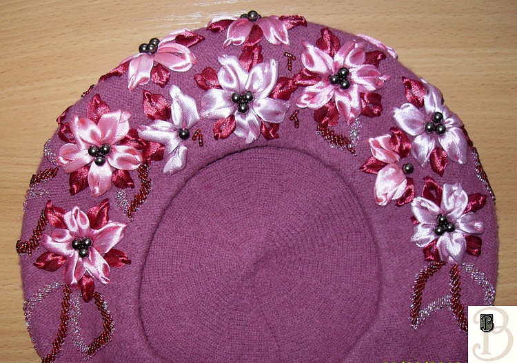 beautiful berets with bead embroidery patterns