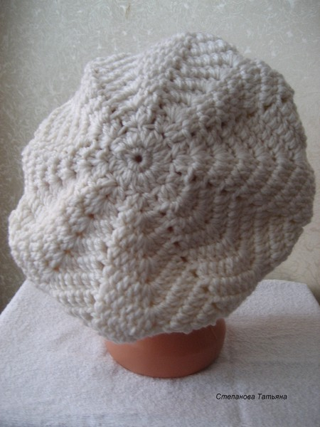 cute beret for girl, crochet patterns