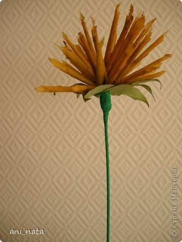 Мастер-класс Моделирование: Хризантемы из осенних листьев. Бумага гофрированная, Листья, Нитки Праздник осени. Фото 20