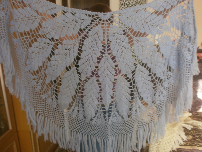 crochet lace leaves shawl