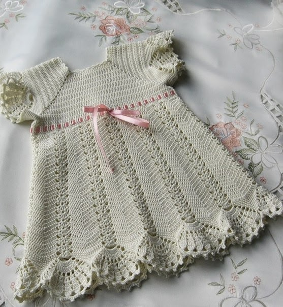 Crochet Patterns Little Girl Dresses : crochet cute dress for little girl crochet pattern baby crochet dress ...
